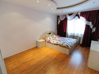 Apartament cu 3 camere, bloc nou, D. Cantemir 450€