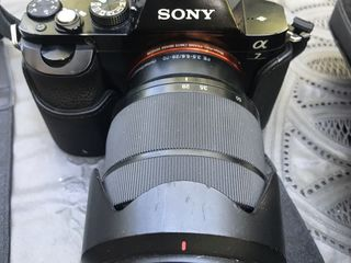 Sony Alpha 7 full frame Mirorrless