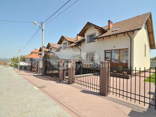 Townhouse, 2 nivele, Stăuceni, 240 mp, 103000 € !