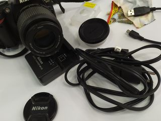 Продам фотоаппарат Nikon D40