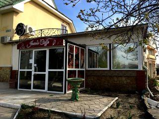 Сдается бар-кафе-сауна, 200 м2, индивидуальный дизайн, 1200 евро