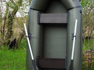 Трёх местноя, лодка лисичанка л-280 см