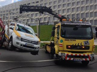 Evacuator Chisinau / Servicii transport cu manipulator