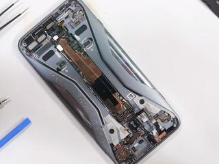Xiaomi Black Shark 3, Bateria nu se încarcă? Îl vom înlocui fără probleme!