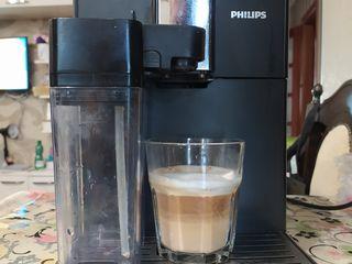 aparat de cafea. Espressor profesionist Philips