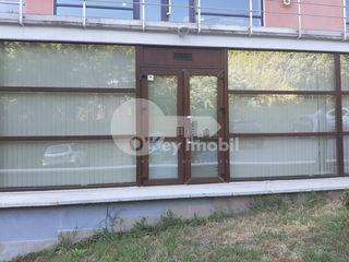 Sp. Comercial/oficiu, reparație euro, Centru, 330 € !