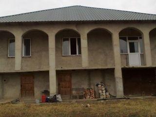 Casa - 200 m2 si teren 18 ari, Singerei, Biruinta