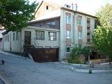 Продаётся 3-х комн. квартира в г. Яловень по ул. Молдова 4/1. Цена: 29 500 евро.