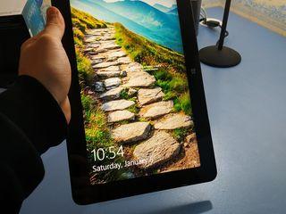 Dell Venue 11 pro RAM 2 GB, ROM 64GB, FullHd ecran IPS
