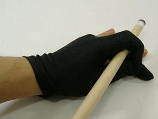 Бильярдные перчатки.