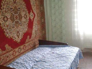 3х комнатная Квартира в страшенах дешего