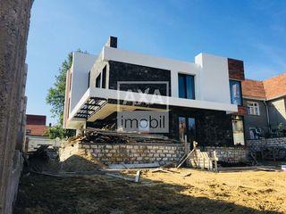 Vânzare casă în 4 nivele! Centru