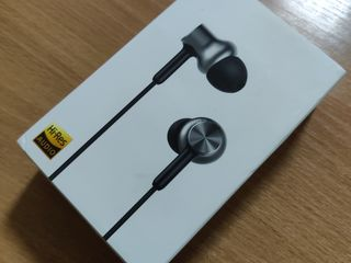 Mi In-Ear Headphones Pro HD