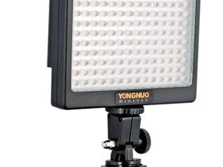 Светодиодный накамерный осветитель-вспышка Yongnuo LED YN-140.