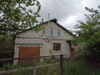 Vila in s.Chetroasa,Criuleni,supaf. 62 m2 pe 6 ari,cu (en.el.,gaz,fintina) la 20 km de Chisinau