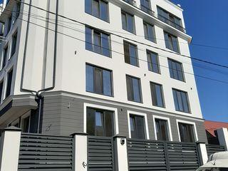 Se vinde apartament 3 camere in spate la Shopping Malldova