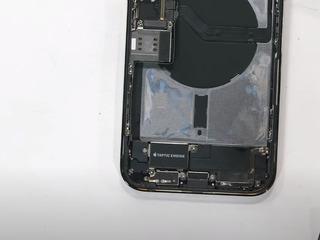 iPhone 12 Pro Max Smartphone-ul nu se încărca? Vino să înlocuiești conectorul!
