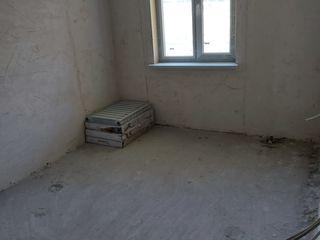 Vnd apartament Or.Leova ,,str.Independenţei 60 m2