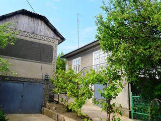Casa de vinzare in or Telenesti