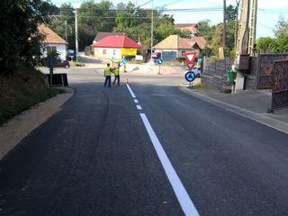 Servicii marcarea drumurilor.