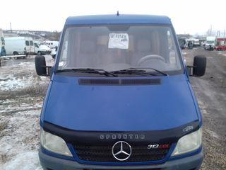 Mercedes Benz Sprinter 313