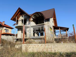 Casă la sol spre vânzare, 270 mp, Budești, 39000 € !