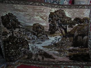 Продаю ковры после химчистки Флоаре 80% шерсть, висели на стене