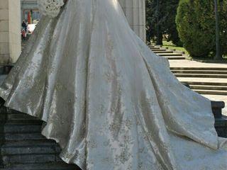 Продается шикарное свадебное платье, а также костюм жениха