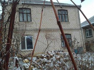 Продаётся дом в спальном районе сороки, готов к въезду. торг уместен