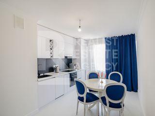 Chirie, Apartament, 2 odăi, Centru , str. N. Testemițeanu