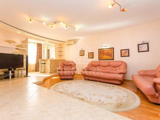 Chirie  Apartament cu 3 odăi, Telecentru,  str. Costiujeni, 450 €