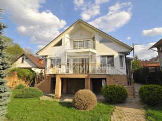 Casă, zonă rezidențială, 250 mp, euroreparație, Buiucani 900 €