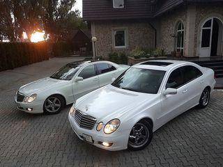 Două Mercedesuri albe la nunta Dvs – 50euro