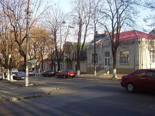 Покупаешь недвижимость и каждый месяц доход 1000 евро. st. Vlaicu Parcalab. Паркалаб