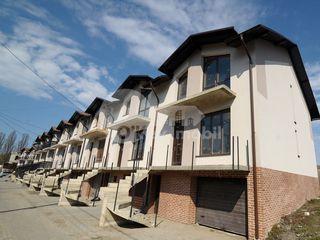 Townhouse, 3 nivele, Durlești, 67500 € !