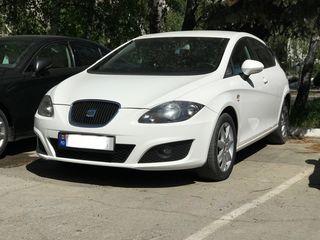 аренда авто   rent a car Chirie auto seat prius opel bmw mercedes auris corolla renault toyota megan