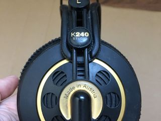 K240 Studio Headphones наушники