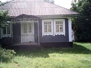 Casa r-n Donduseni sat. Arionesti