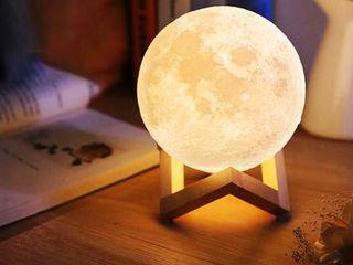 Ночник Луна на Деревянной подставке