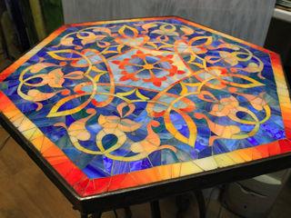 Стеклянные столы (витражи, пескоструй) под заказ и мн.др.