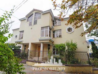 Chirie casă, Centru, UTM, 4 nivele, 3800 euro!