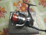 Катушка безынерционная Daiwa Seagate Light 3500PE.