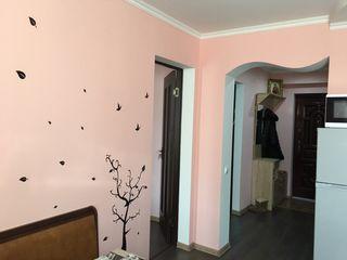 Продается 2-ух комнатная квартира,евроремонт