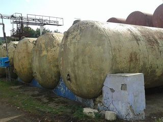 Fabrica de vin  vinde butoaie  cistern 5 15/20/30/40/50/t metal inox emal eftin posibil cu dostavca