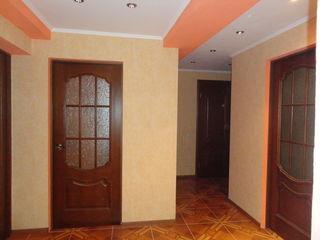 продам 3-х комнатную квартиру)
