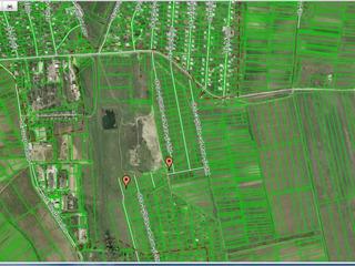 Bubuieci 3 km de la Chisinau vindem  lot  pentru constructii 6 Ari = 4000 euro urjent