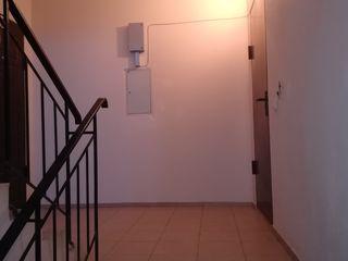 Apartament 3 camere Cimislia