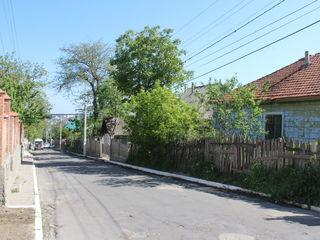 Ieșire la două străzi, Durlești, 11 ari