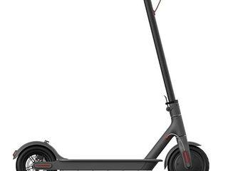 Электроскутер Xiaomi Mi Electric Scooter 1S