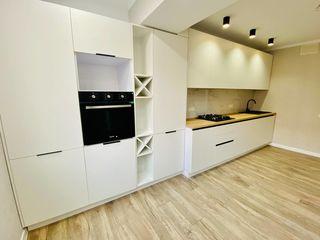 Apartament cu 2 odăi + living, reparație calitativă